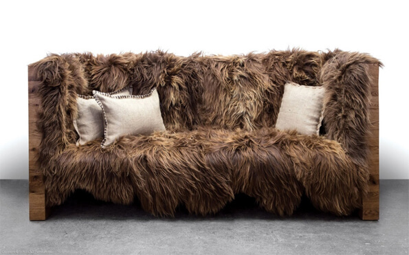 kuscheliges chewbacca sofa von sentient. Black Bedroom Furniture Sets. Home Design Ideas